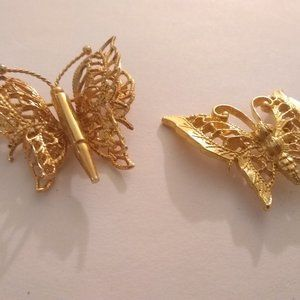 🏵️ 3/$20 Pair Butterfly Gold-tone Vintage Broochs